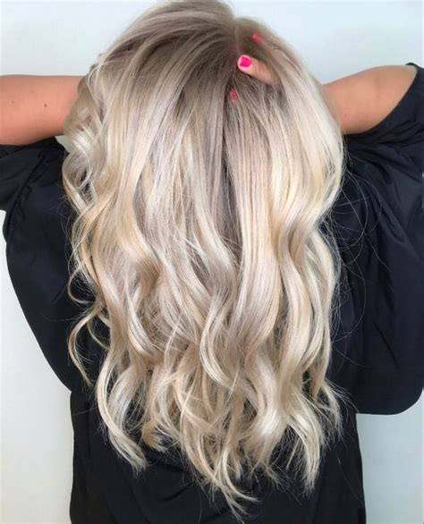 Ash blonde with shadow root   Shadow root blonde, Ash