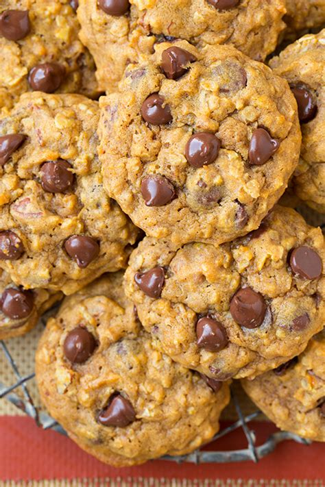 Oatmeal Cookies – The Last Day of National Oatmeal Month
