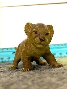 Vintage AAA Lion Cub Figure - Highly Detailed - Rubber 3