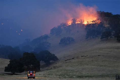 Cal Fire Chief on SCU Lightning Complex Fire: 'We are