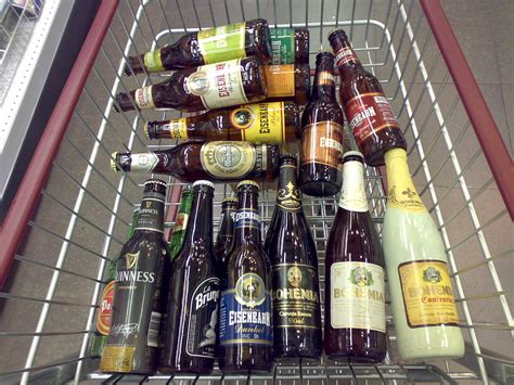Pando: Instacart stops selling alcohol for compliance reasons