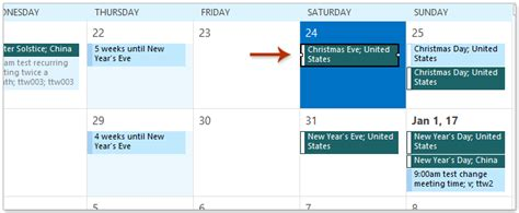 How to highlight all holidays in an Outlook calendar?