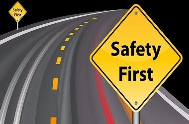 Shiny Road Safety Signage at Best Price in Bengaluru