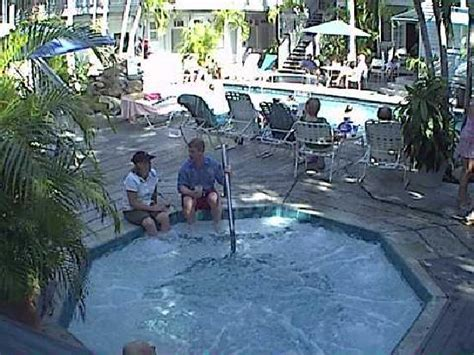 Caught on the Jacuzzi Cam - Picture of Eden House, Key